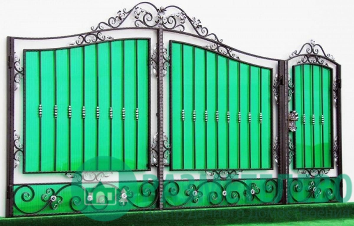 Кованные распашные ворота с калиткой серии Нарядные арт.01