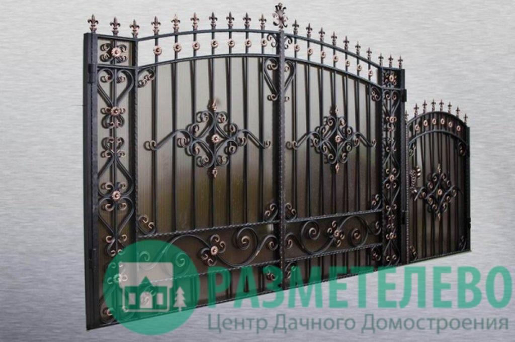 Кованные распашные ворота с калиткой серии Нарядные арт.02
